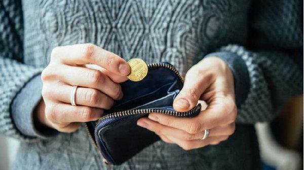 7 привычек, которые указывают на то, что вы росли в бедности