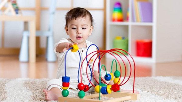 Игрушки для мальчика: как выбрать?