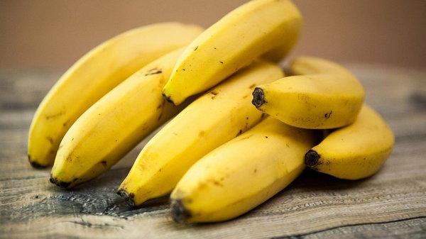 Все о полезных свойствах бананов для женщин