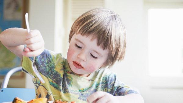 Как научить себя и своих детей есть правильно?
