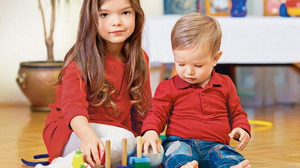 Как создать взаимопонимание между детьми с большой разницей в возрасте?