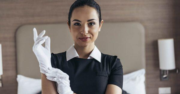 9 секретов по уборке, которыми поделились горничные элитных отелей