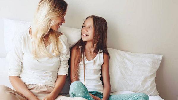 Как подготовить дочку к встрече с ее первыми месячными