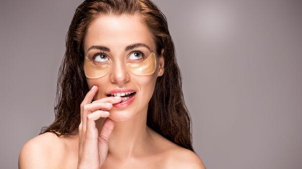 7 ошибок в уходе за кожей вокруг глаз, виновных в появлении морщин