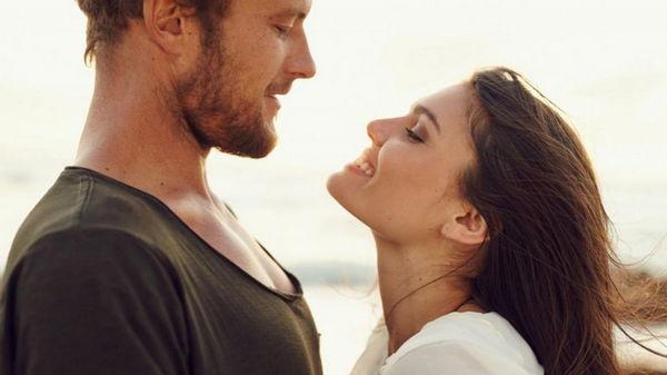 Женские Хитрости: Как соблазнить мужчину?